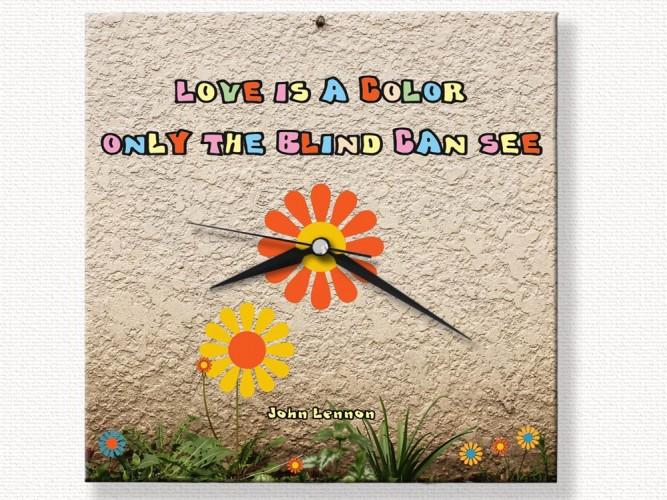 Love is a Color Çiçekli özel tasarım Duvar Saati