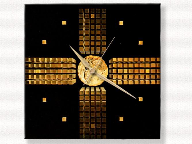 Salvador Dali Nükleer Haç Duvar Saati